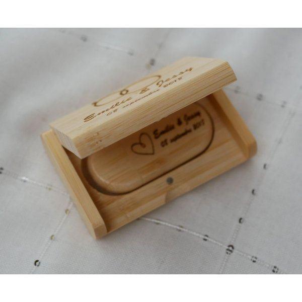 Clé Usb 32 Go bois bambou dans coffret ) personnaliser