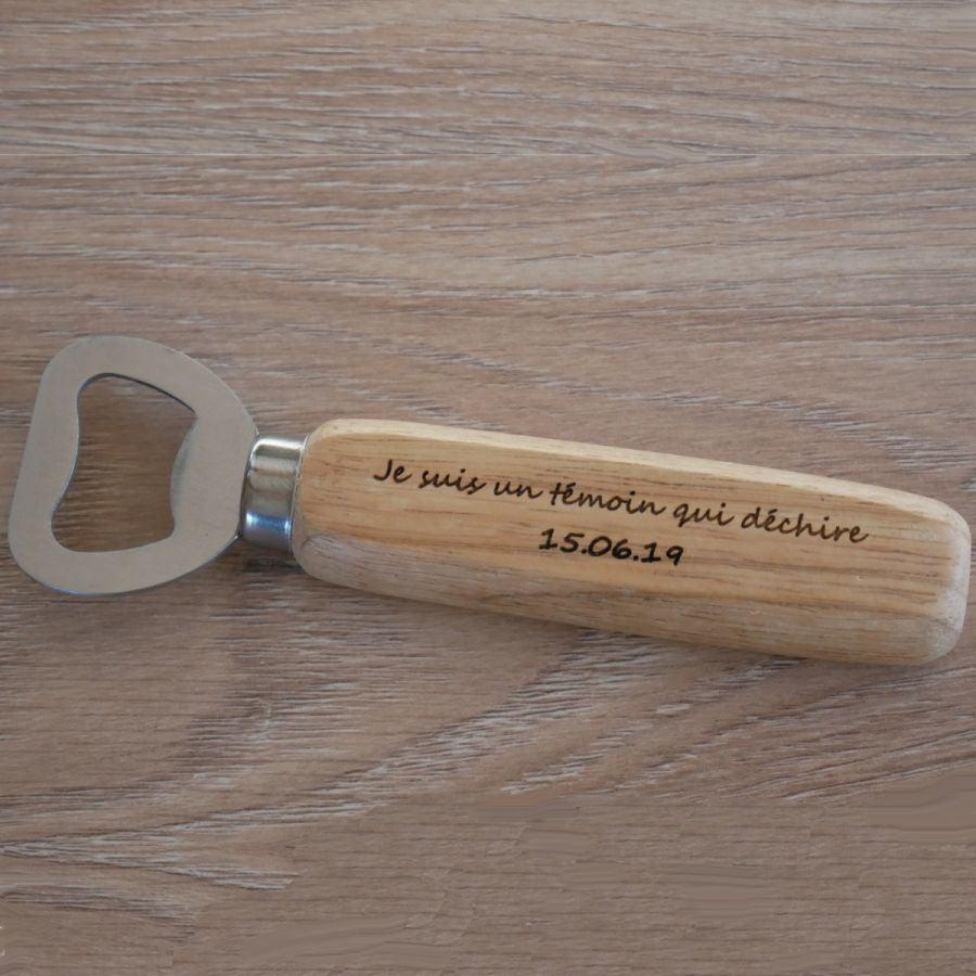 Décapsuleur bois gravé à personnaliser, cadeau mariage
