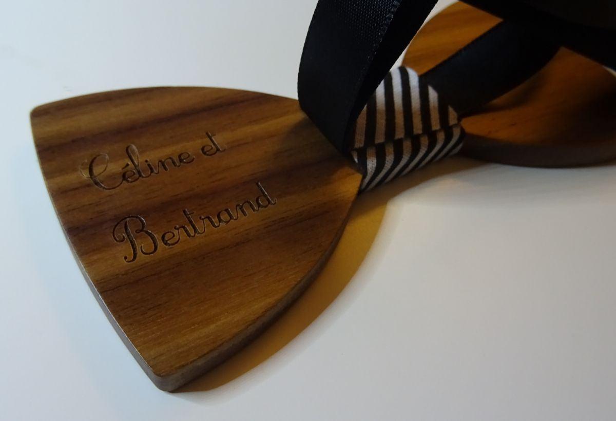 Noeud papillon en bois Noyer ruban rayé Noir et blanc