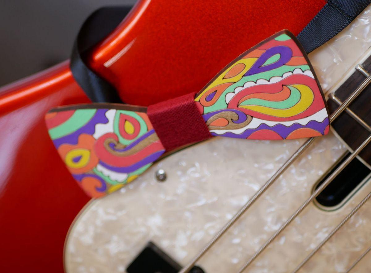 Noeud papillon en bois peint Hippie chic