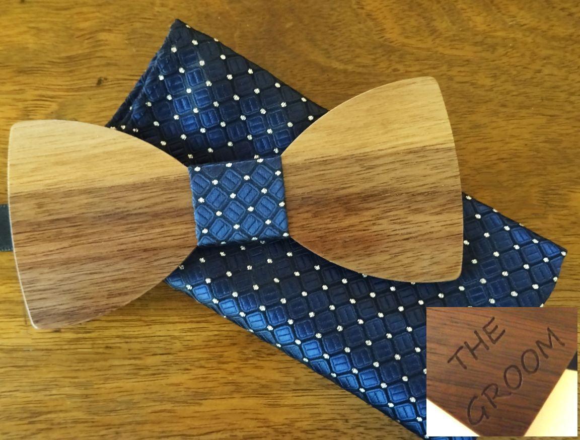 Noeud papillon en bois avec pochette assortie