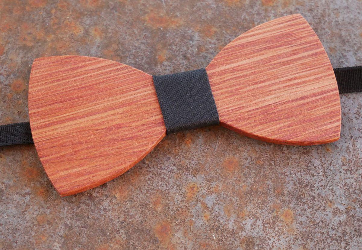 Noeud papillon en bois Teck choix du ruban à graver
