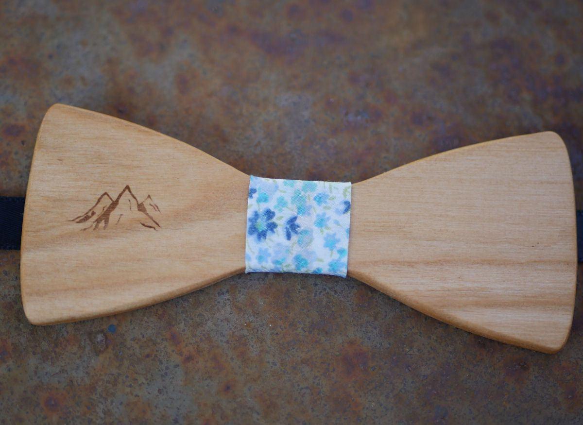 Noeud papillon enfant en bois dessin gravé