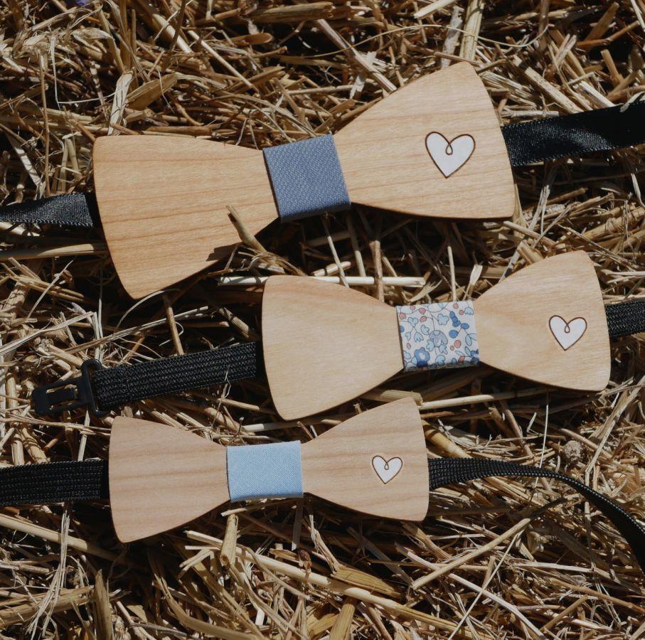 Noeud papillon enfant en bois dessin au choix gravé