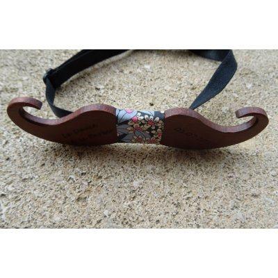 Noeud papillon Moustache en bois  à graver au ruban noir