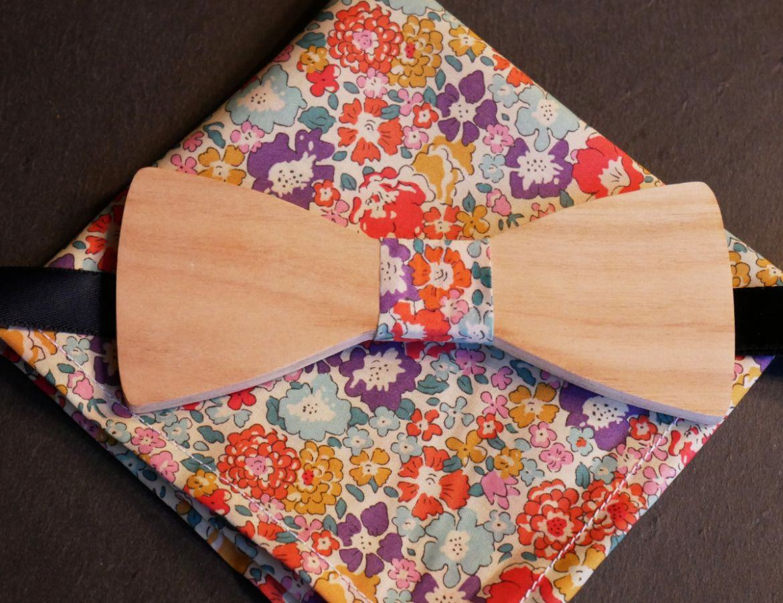 Pochette Liberty L12 et noeud papillon en bois personnalisable