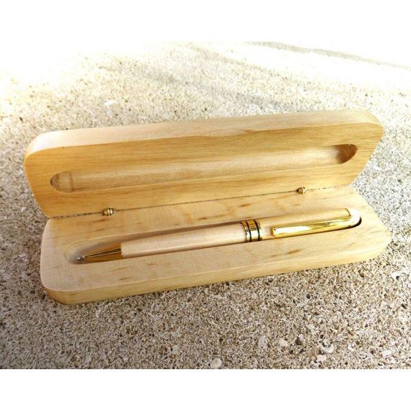 Stylo bois érable gravé dans coffret en bois massif personnalisé